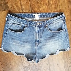 H&M Sz 12 *High waisted Scalloped Blue Jean Shorts